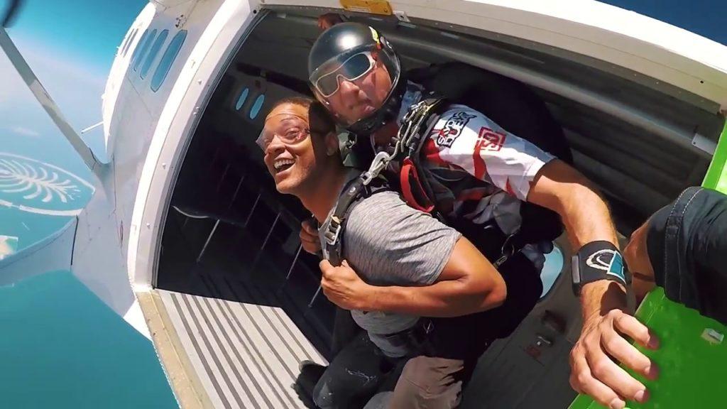 will smith sky diving in dubai